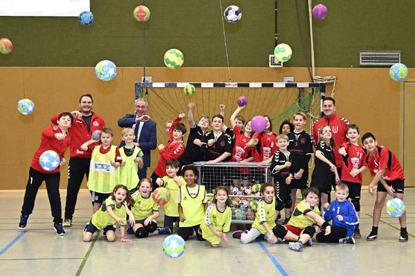Ballwagen für Uedemer Handballjugend
