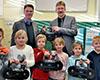 Neue CD-Player für die St. Petrus-Grundschule Aldekerk