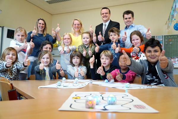 neue Ozobots für Grundschule in Wachtendonk